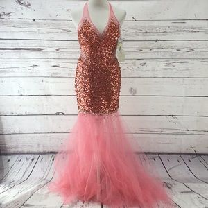 NWT Mermaid Inspired Sequin Prom Dress